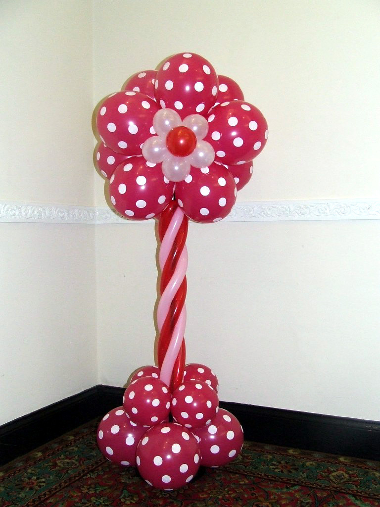 Balloon Flower Wall Decoration : My finishing touch balloon artist and event decorations