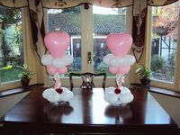 2 table balloon decorations