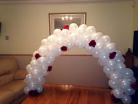 Cake arch balloon decoration